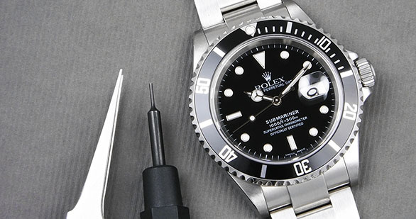 Rolex Oyster Perpetual Submariner Date 16610 Full Set